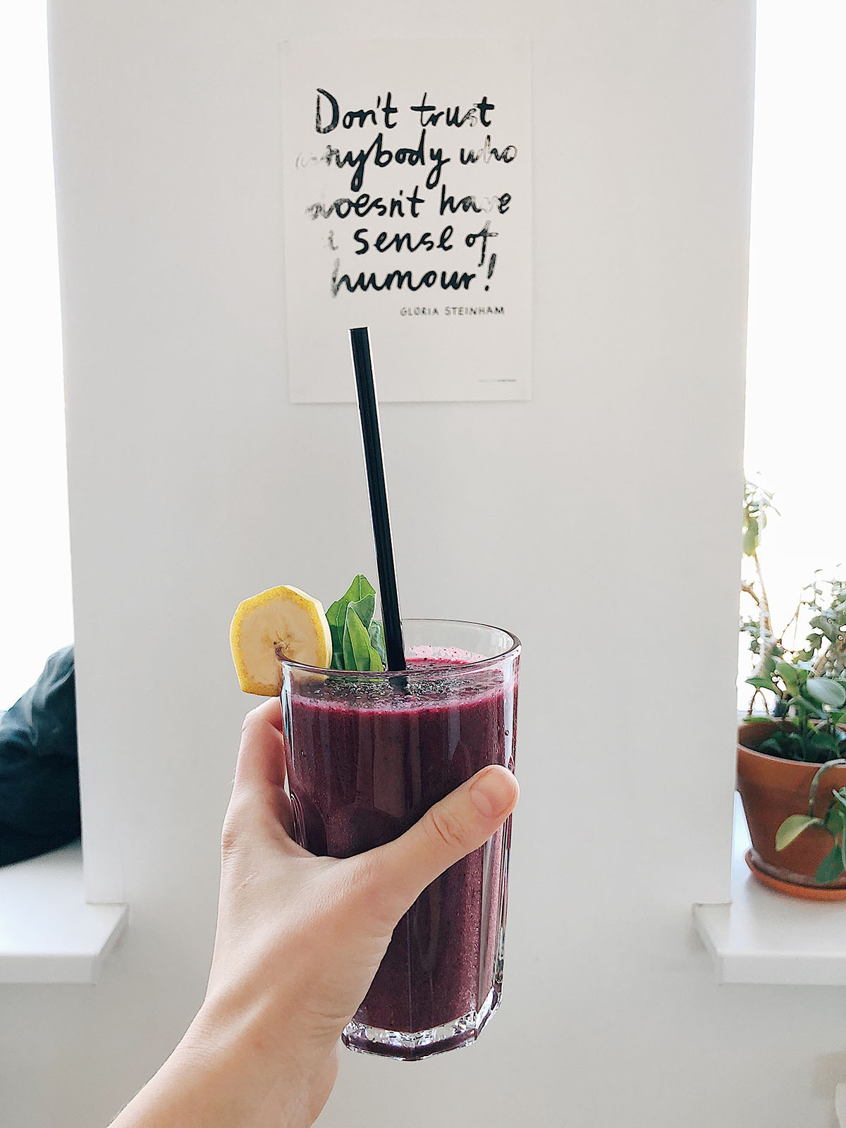 smoothie and cute wall decor